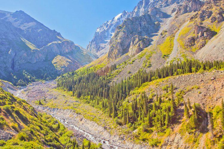 Ущелье Ала Арча - достопримечательности Киргизии
