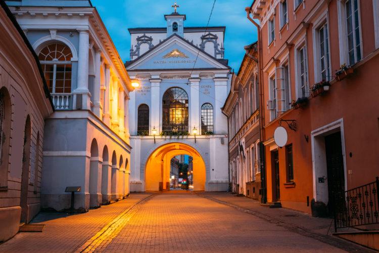 Ворота Аушрос - достопримечательности Вильнюса