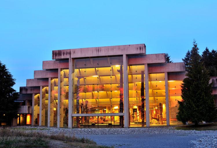 Музей антропологии - достопримечательности Ванкувера