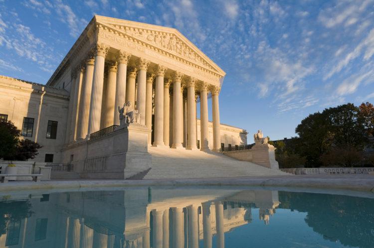 Здание Верховного суда США - достопримечательности Вашингтона