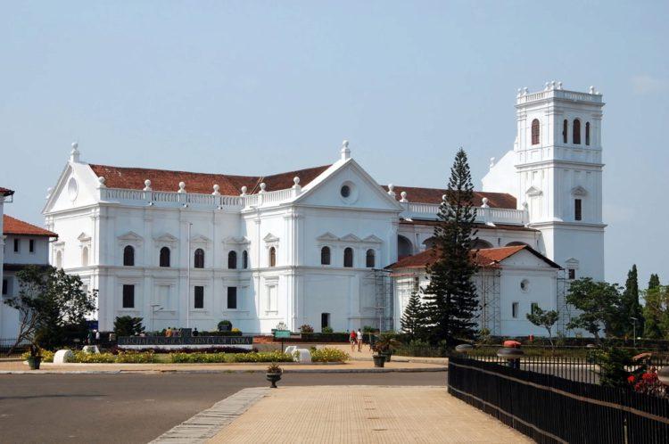 Церковь Святого Франциска Ассизского - достопримечательности Гоа