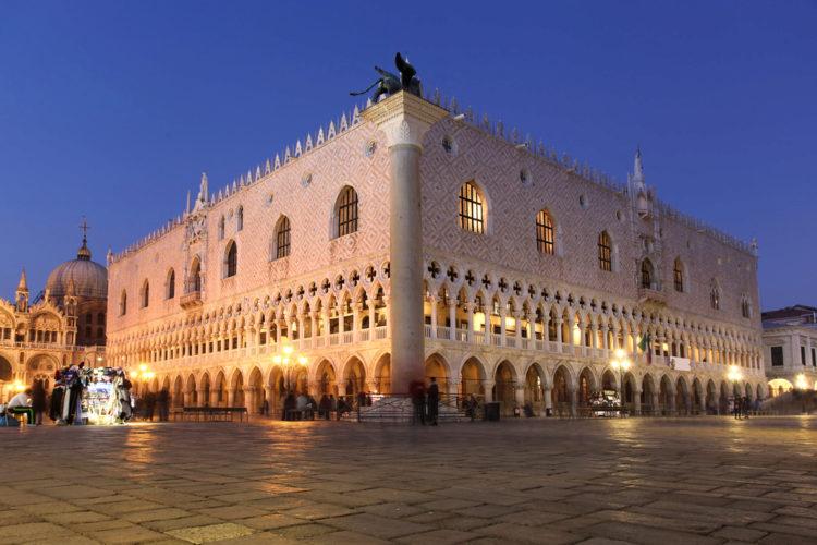 Дворец дожей - достопримечательности Венеции