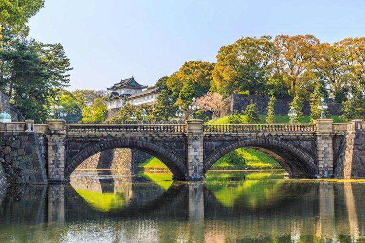 Императорский дворец - достопримечательности Токио
