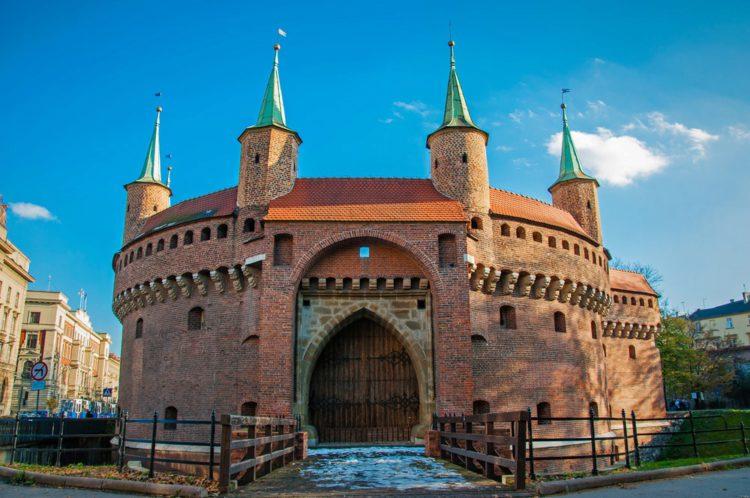 Краковский барбакан - достопримечательности Кракова