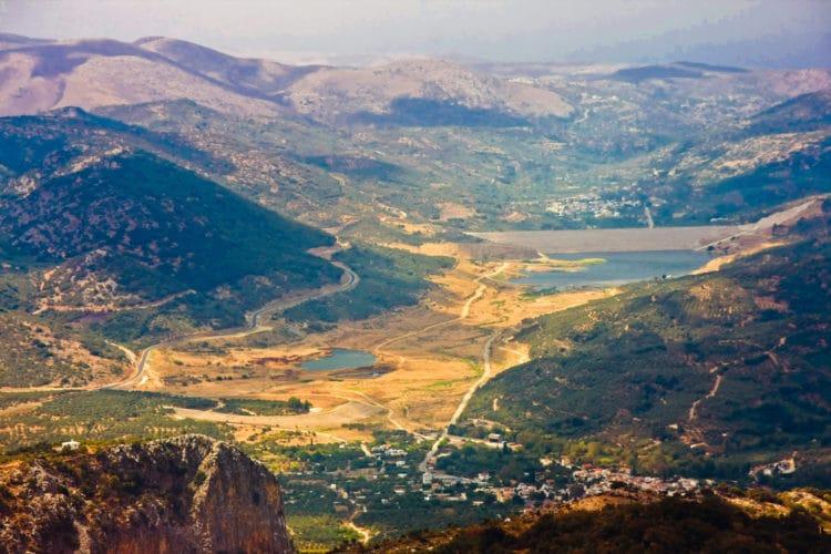Плато Лассити - достопримечательности Крита