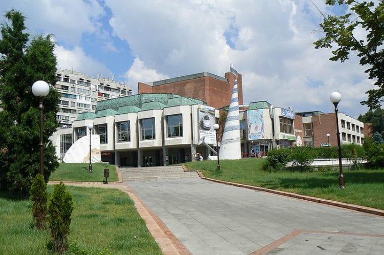 Бургасский оперный театр - достопримечательности Бургаса