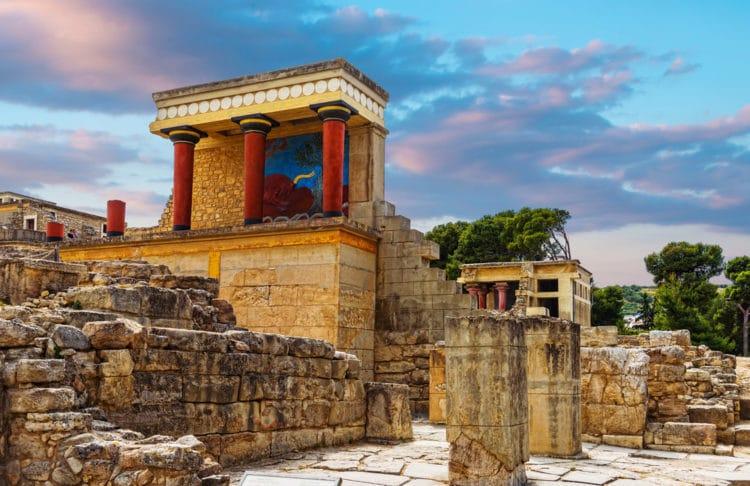 Кносский дворец - достопримечательности Крита