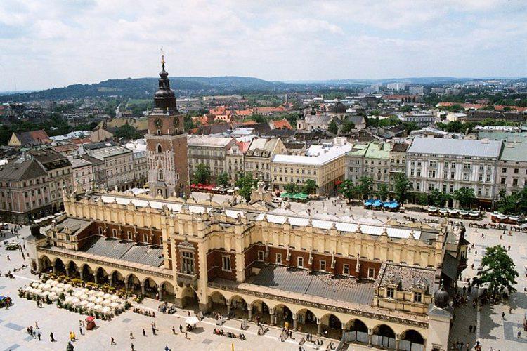 Башня Краковской ратуши - достопримечательности Кракова