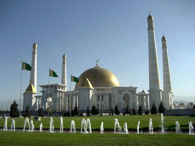 Мечеть Туркменбаши Рухы - достопримечательности Туркмении