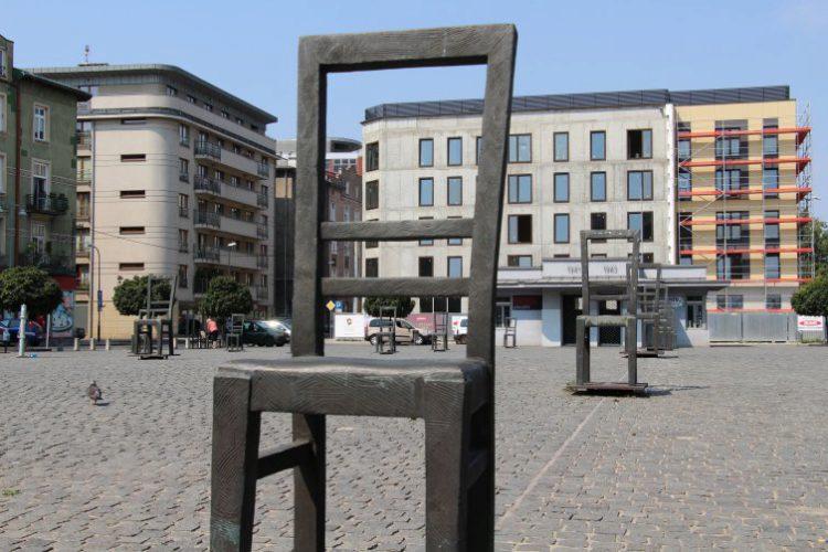 Площадь героев Гетто - достопримечательности Кракова