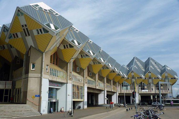 Кубические дома - достопримечательности Роттердама