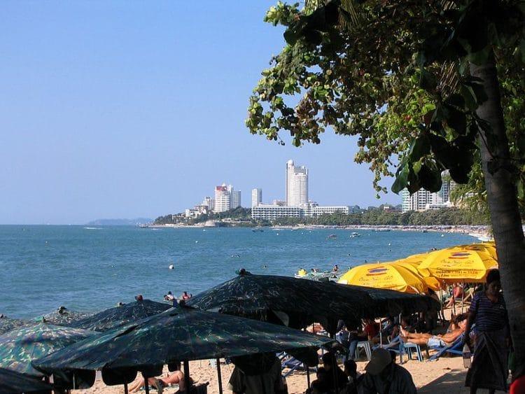 Пляж Вонгамат - достопримечательности Паттайи