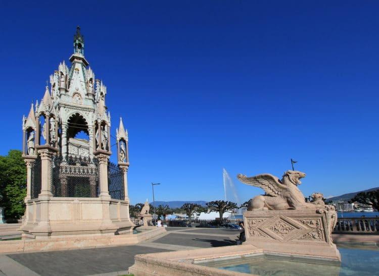 Монумент герцогу Брауншвейгскому - достопримечательности Женевы