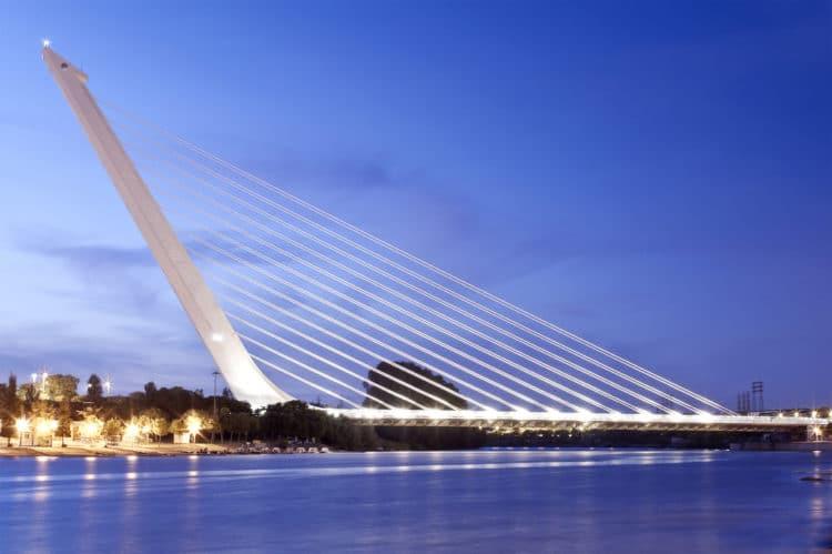 Мост Аламильо - достопримечательности Севильи