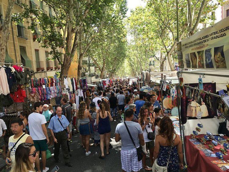 Блошиный рынок Эль Растро - Что посмотреть в Мадриде