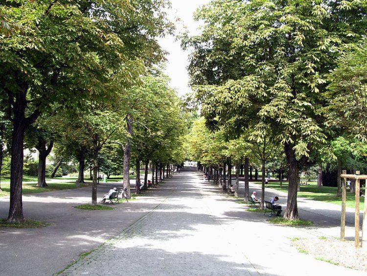 Парк Бастионов - достопримечательности Женевы