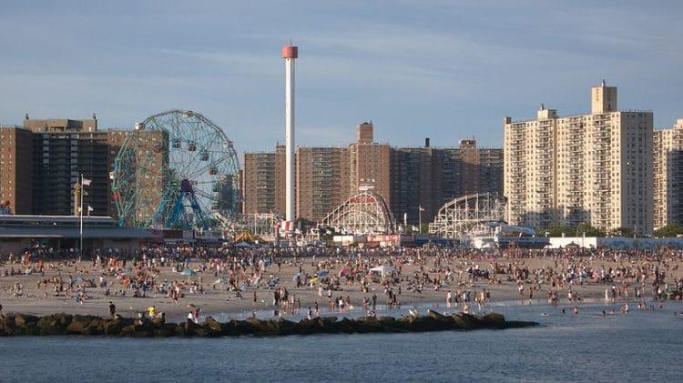 Кони-Айленд - достопримечательности Нью-Йорка