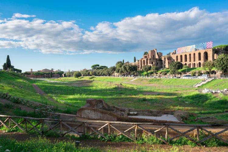Античный ипподром - достопримечательности Рима