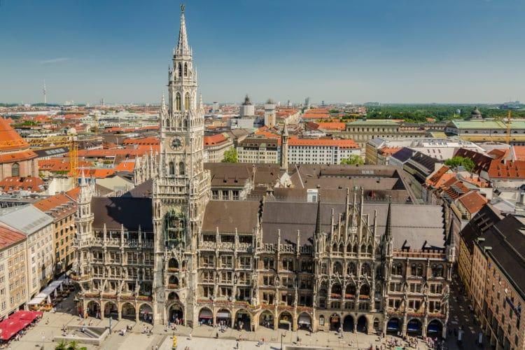 Новая ратуша - достопримечательности Мюнхена