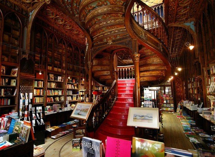 Книжный магазин «Лелло и сыновья» - достопримечательности Порту