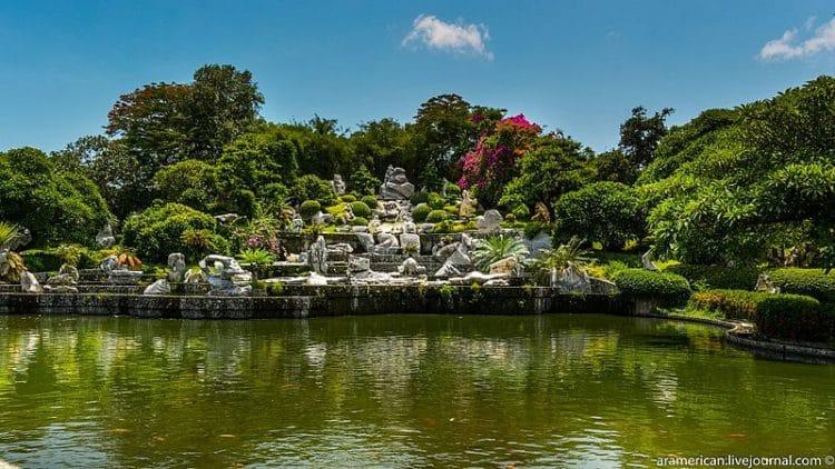 Парк миллионолетних камней и крокодиловая ферма - достопримечательности Паттайи