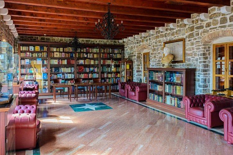 Библиотека Будвы - достопримечательности Будвы