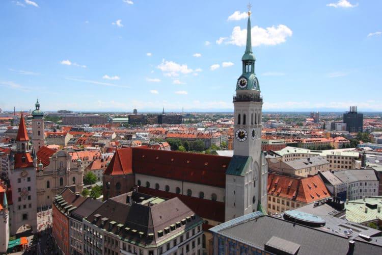 Церковь Святого Петра - достопримечательности Мюнхена