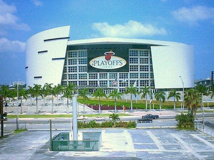 Американ-эйрлайнс-арена - достопримечательности Майами