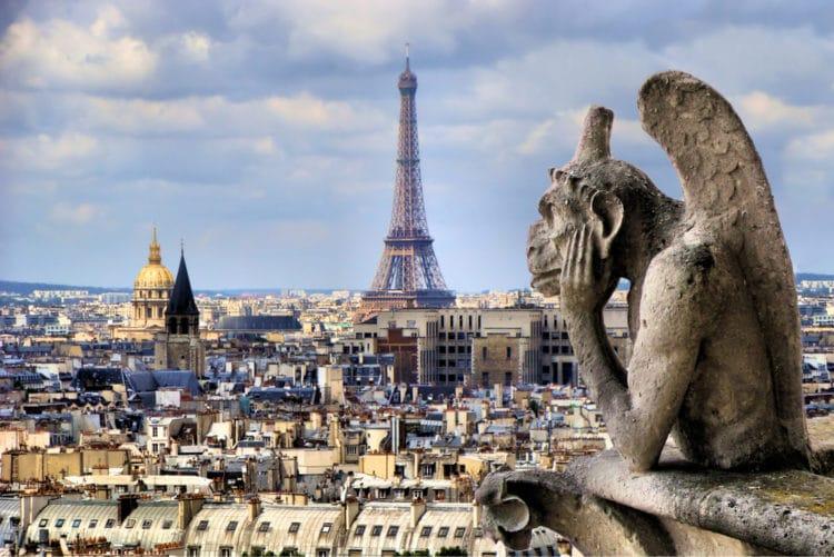 Трем знаменитым концертным залам Парижа — предстоит продажа