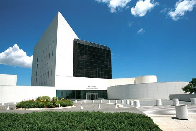 Президентская библиотека-музей Джона Ф. Кеннеди - достопримечательности Бостона