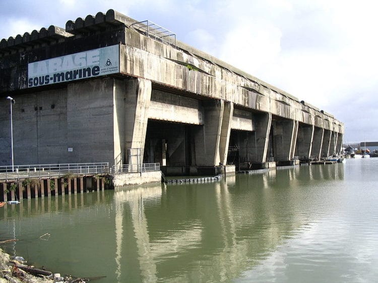 База подводных лодок - достопримечательности Бордо