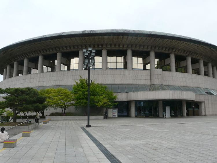 Сеульский центр искусств - достопримечательности Сеула