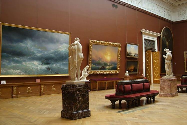 Государственный Русский музей - достопримечательности Санкт-Петербурга