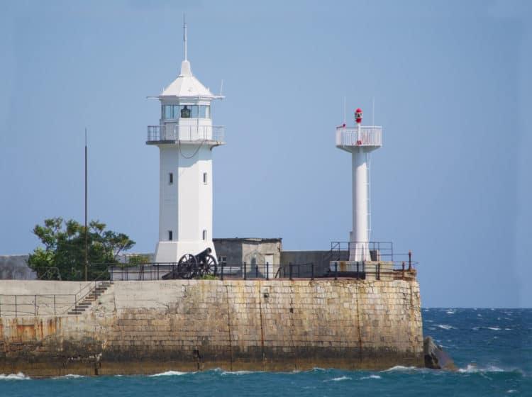 Ялтинский маяк - Что посмотреть в Ялте