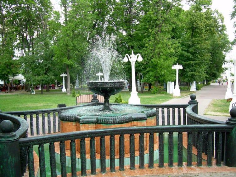 Сад Эрмитаж - достопримечательности Москвы