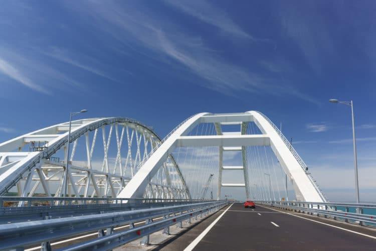 Крымский мост - Что посмотреть в Крыму