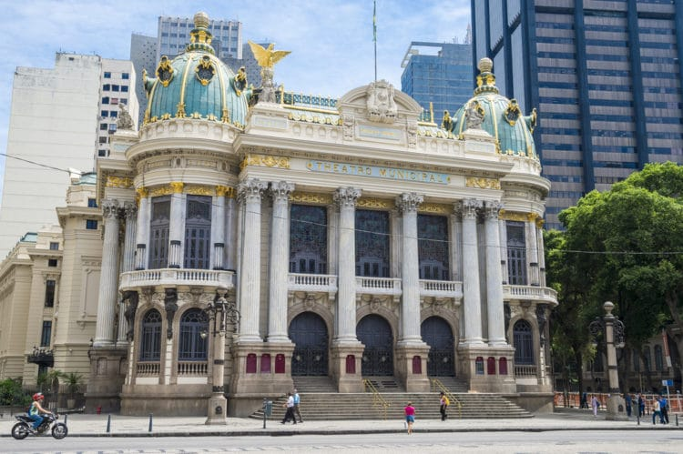 Муниципальный театр - достопримечательности Рио-де Жанейро