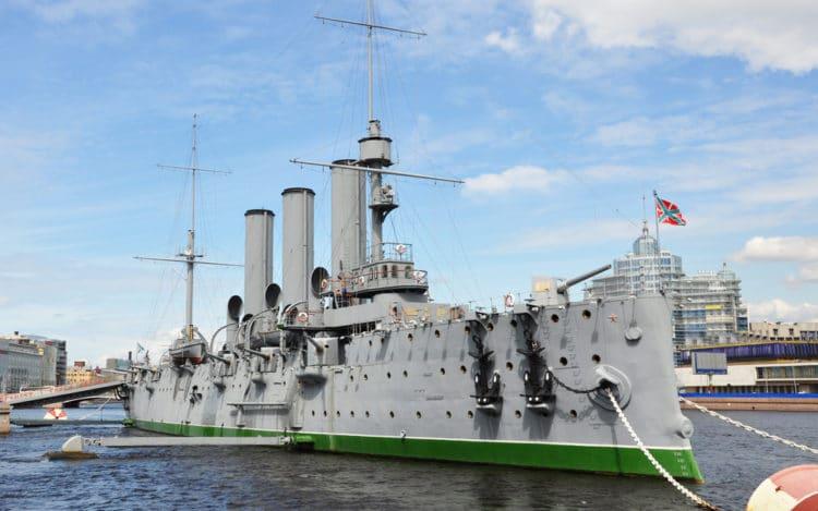 Крейсер «Аврора» - достопримечательности Санкт-Петербурга