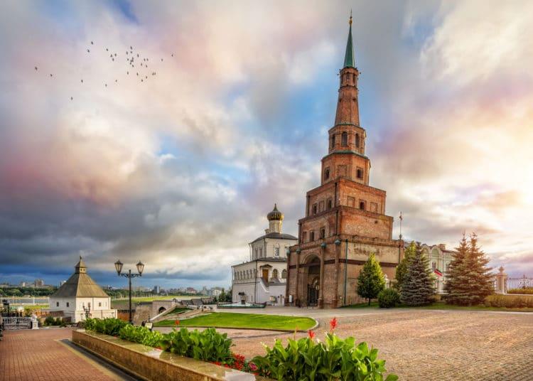 Башня Сююмбике - достопримечательности Казани