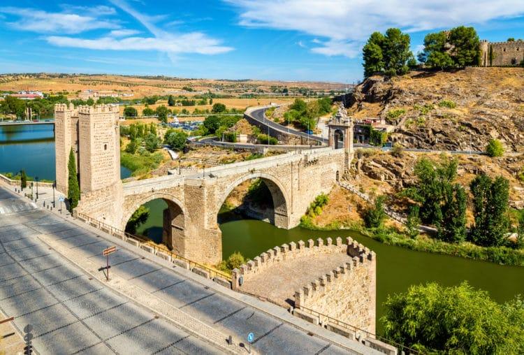 Мост Алькантара - достопримечательности Толедо