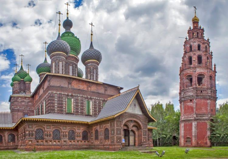 Церковь Иоанна Предтечи в Толчкове - достопримечательности Ярославля