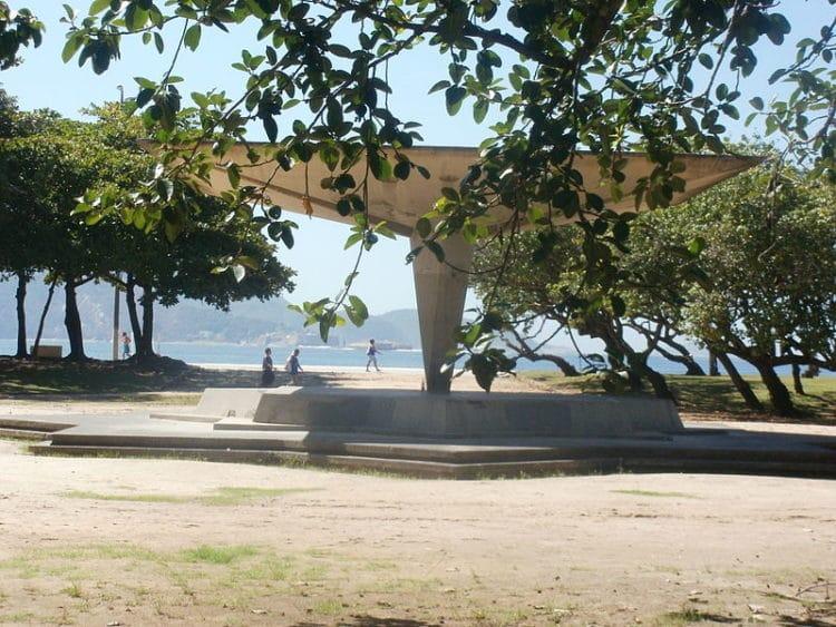 Парк Фламенго - достопримечательности Рио-де-Жанейро