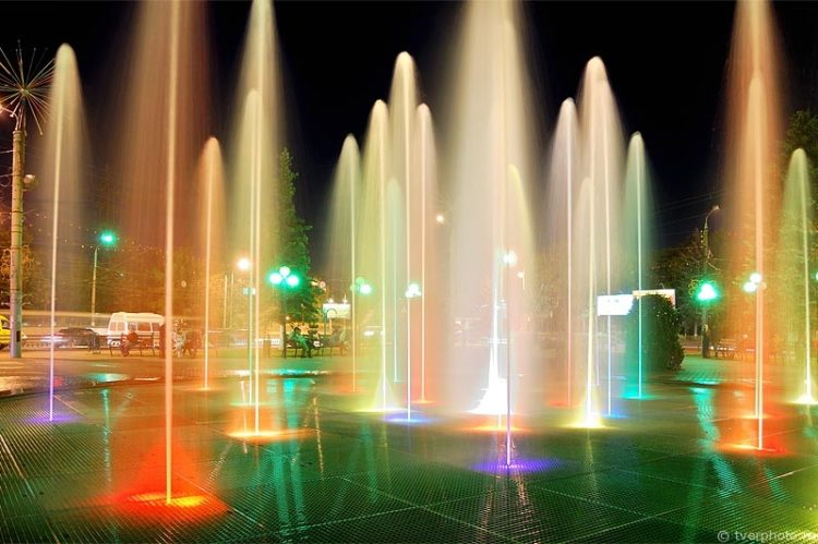 Поющий фонтан - достопримечательности Твери