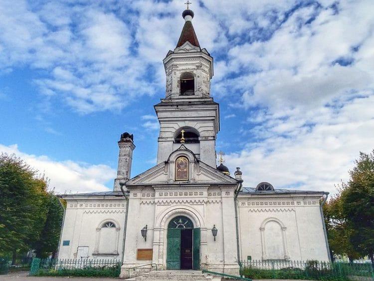Церковь Белая Троица - достопримечательности Твери