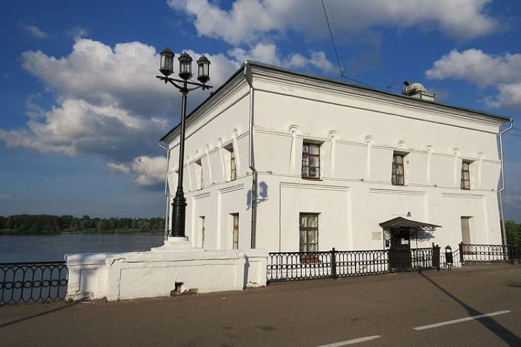 Волжская башня - достопримечательности Ярославля