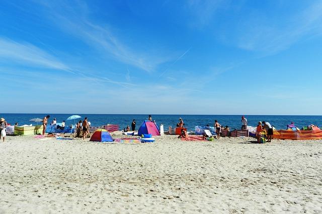 Золотой пляж - достопримечательности Феодосии