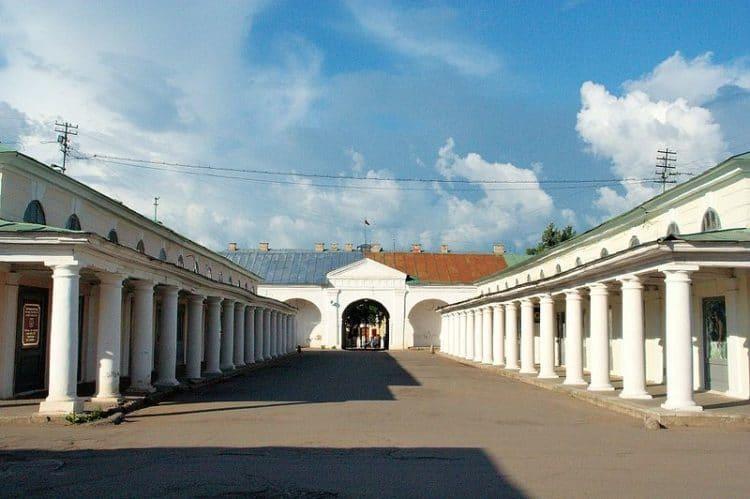 Торговые ряды - достлпримечательности Костромы