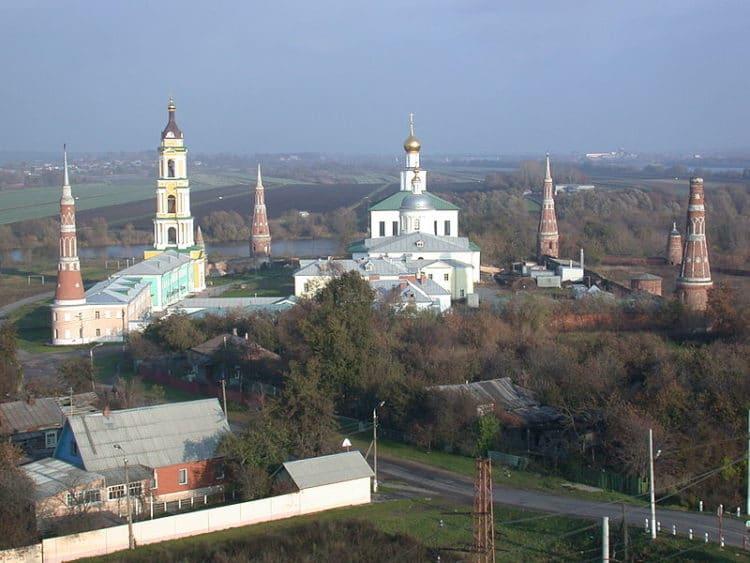 Старо-Голутвин монастырь - достопримечательности Коломны
