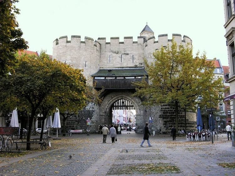 Айгельштайнские ворота - достопримечательности Кёльна