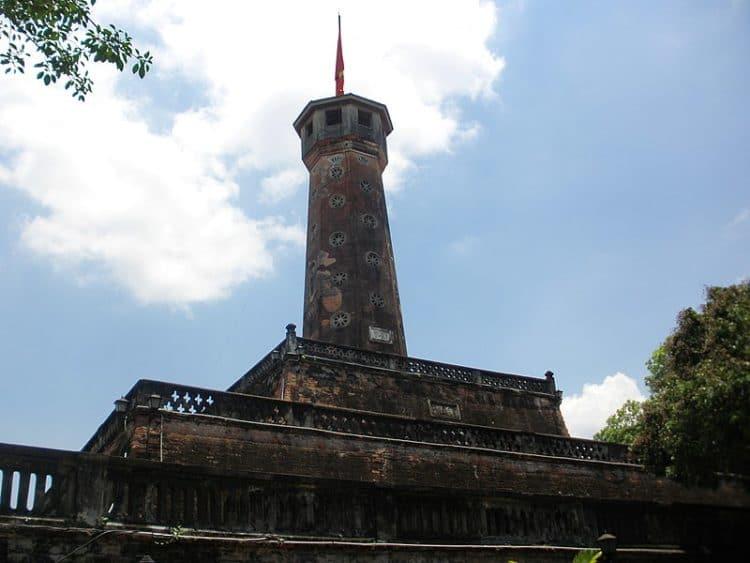 Флаговая башня - достопримечательности Ханоя